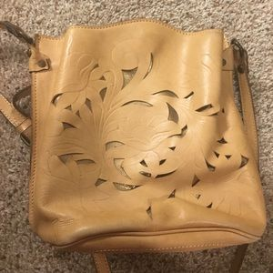 Patricia Nash Crossbody Leather Purss